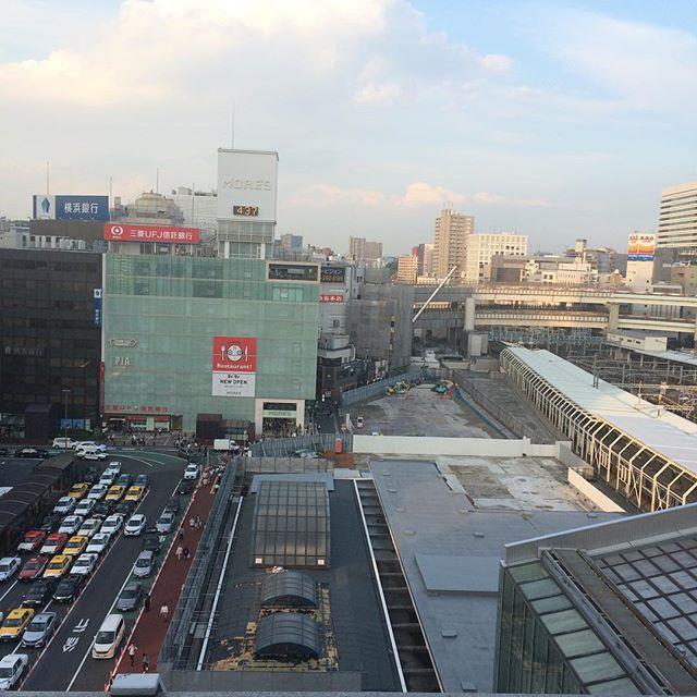 毎度の横浜駅西口の工事状況ジョイナス屋上から